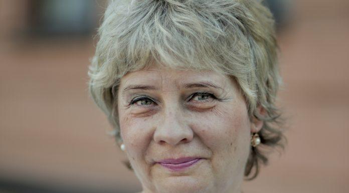 татьяна федорова кандидат псковского яблока на выборах в областной парламент