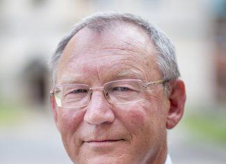 Игорь Батов активист-эколог кандидат Яблока на выборах в Пскове