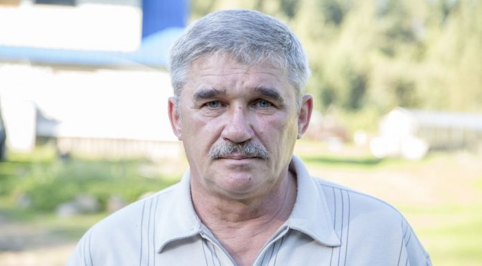 Михаил Пустобаев кандидат партии Яблоко в псковское областное собрание депутатов на выборах-2016