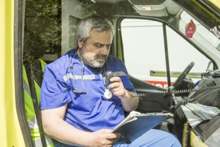 Артур Гайдук, врач скорой помощи, депутат и кандидат Яблока на выборах в Псковскую городскую Думу