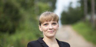 Елена Иванова, кандидат в Собрание депутатов Пустошкинского района в составе единого списка партии «Яблоко» и по одномандатному округу №5.