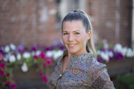 Юлия Дынина – новое симпатичное лицо гдовской команды «Яблока».