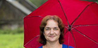 Елена Гусарова, кандидат в Собрание депутатов Гдовского района от партии «ЯБЛОКО»