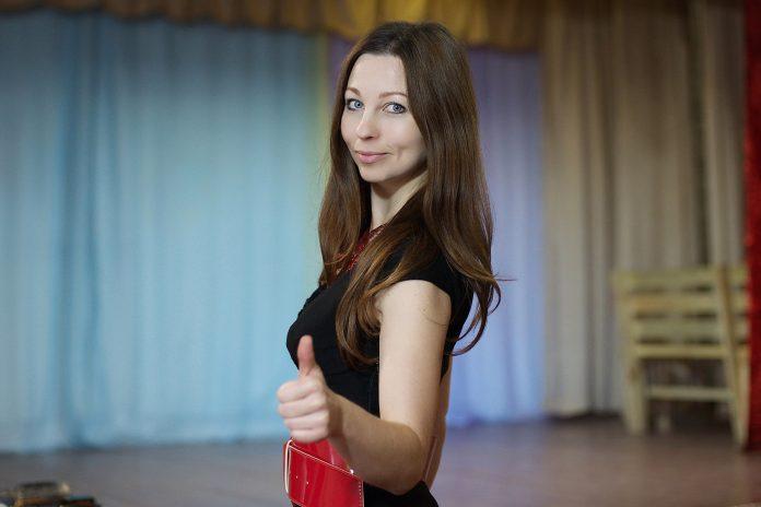 Елена Лиани, кандидат в Собрание депутатов Опочецкого района по единому списку партии «ЯБЛОКО» и в одномандатном округе №3
