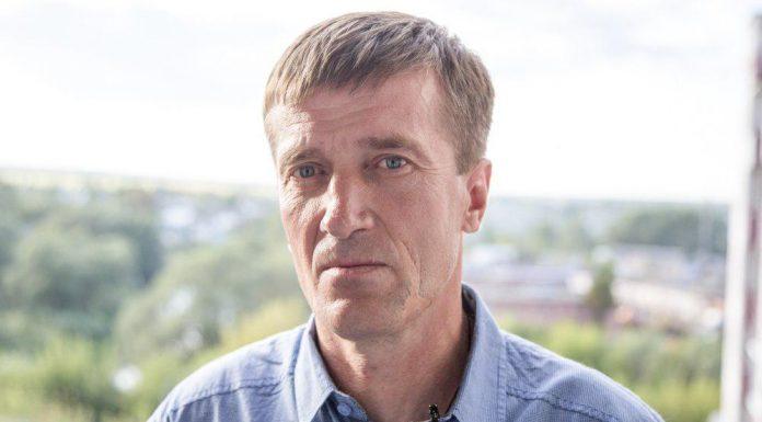 Павел Коваль, кандидат в депутаты Великолукской городской Думы в составе единого списка кандидатов от партии «ЯБЛОКО» и по одномандатному округу №9.