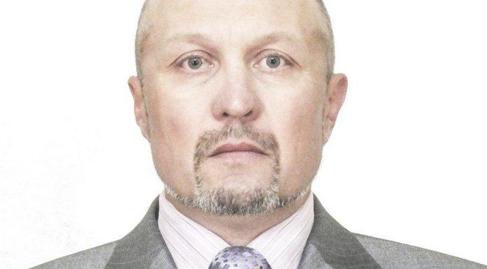 Афанасий Ермолаев, кандидат в депутаты Великолукской городской Думы в составе единого списка кандидатов от партии «ЯБЛОКО» и по одномандатному округу №1.