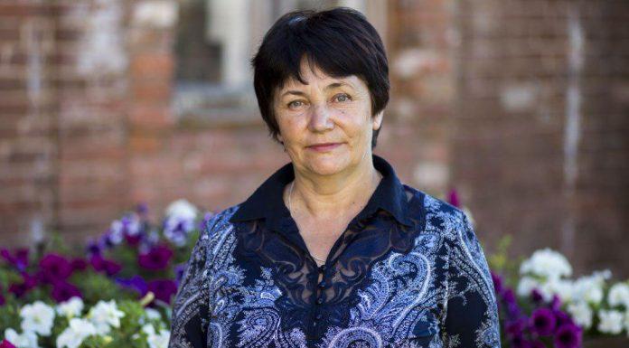 Надежда Сингатуллова, кандидат в Собрание депутатов Гдовского района в составе единого списка партии «ЯБЛОКО» и по одномандатному избирательному округу №1.