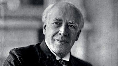 Константин Сергеевич Станиславский.